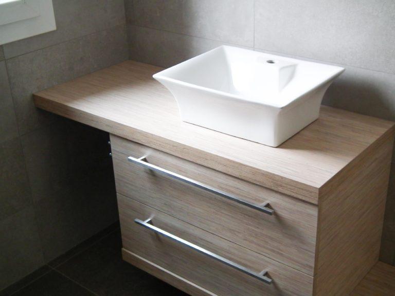 bagno legno e ceramica